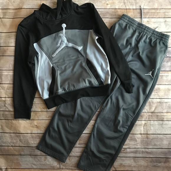 b9b095d211b Jordan Matching Sets   Air Boys Hoodie Sweat Pants Set Size Med ...
